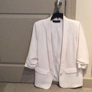 Zara Roosters leave blazer in white